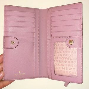 Kate Spade Wallet- Great Condition